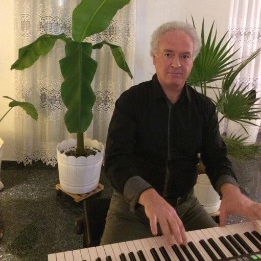 Musiklehrer Klavierunterricht